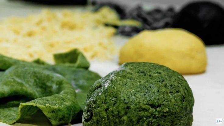 Pasta verde con gli spinaci fatta in casa! La ricetta trovate sul nostro blog!