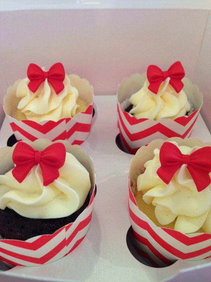 Pretty now theme Cupcakes