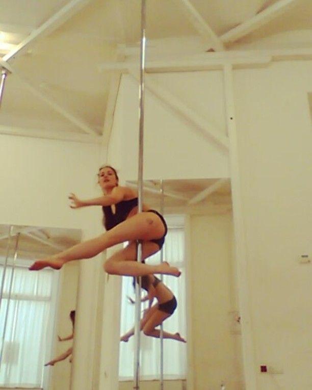 pole dance 38