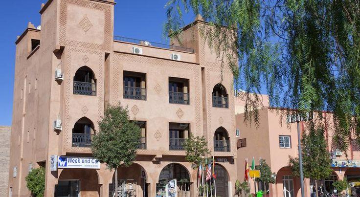 泊ってみたいホテル・HOTEL モロッコ>ワルザザート>ワルザザート中心部にあり、アトラス山脈の景色を見渡す屋上テラスを提供>リヤド アゾウレイ(Hotel Azoul)