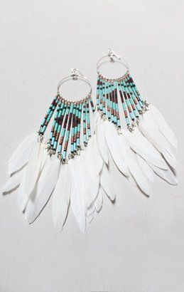 I love me some feather earrings