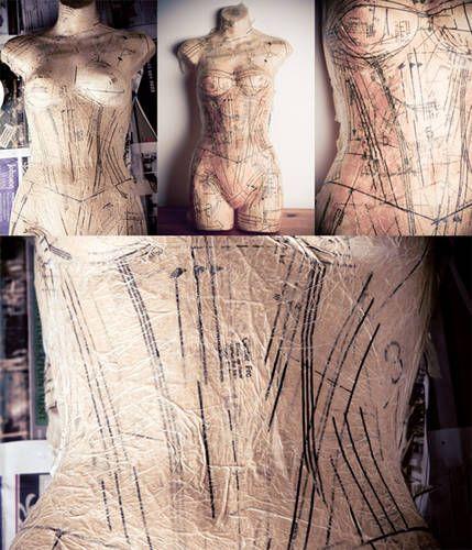 Decoupage mannequin