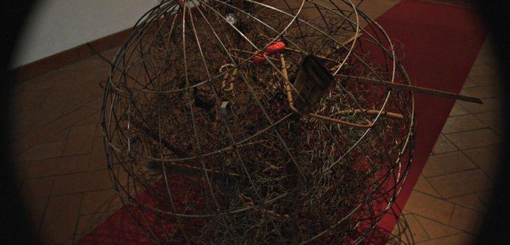 In occasione del quinto centenario della sua nascita, Ascanio della Corgna diventa protagonista di una mostra dell'Agosto Corcianese incarnando la figura di un condottiero che si muove tra passato e presente. Ci porta alla scoperta della mostra uno dei due curatori, Francesca Duranti.