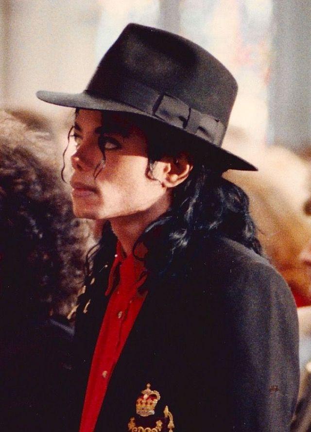 Michael Jackson, Ryan White's funeral 1990
