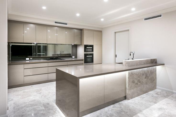 Grandwood   Custom Home   Kitchen
