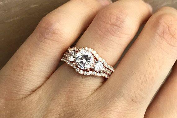 Rose Gold Bridal Set Ring Three Stone Engagement Ring Set Etsy Three Stone Engagement Rings Pink Morganite Engagement Ring Rose Gold Bridal Set Rings