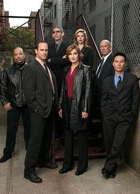 Google Image Result for http://img.poptower.com/pic-2759/law-and-order-svu.jpg%3Fd%3D600