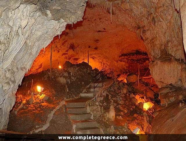 Anemotrypa Cave - Pramanta - Ioannina - #Greece
