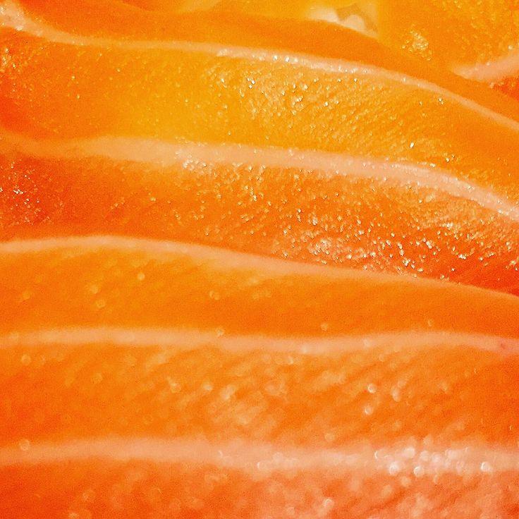 https://flic.kr/p/FD8s7G | Nigiri de salmón | Nigiri de salmón. koketo.es/portfolio/nigiri-de-salmon