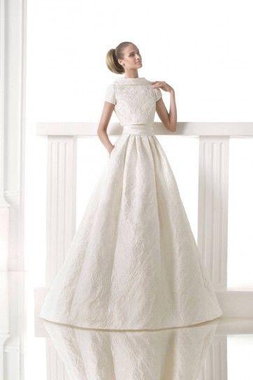 Risultati immagini per abiti sposa invernali