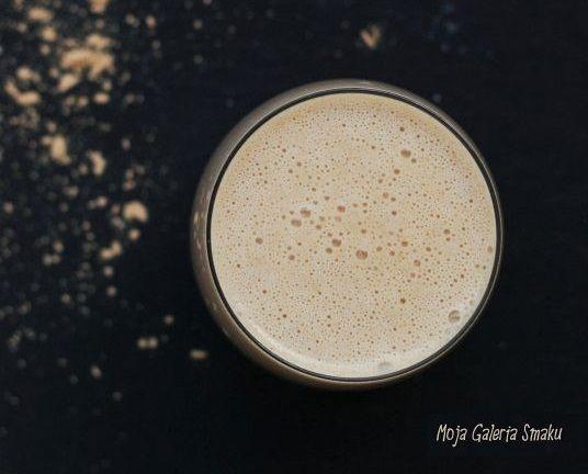 Orzechowy koktajl pełen białka, witamin i minerałów