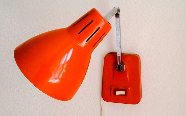 Belle lampe vintage industrielle années 70 de la boutique ChineEchoppe sur Etsy