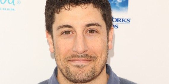 Jason Biggs Jokes About Malaysia Airlines Crash Too Soon!