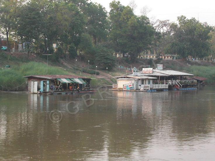 Thaïlande - Maisons flottantes à Phitsanulok