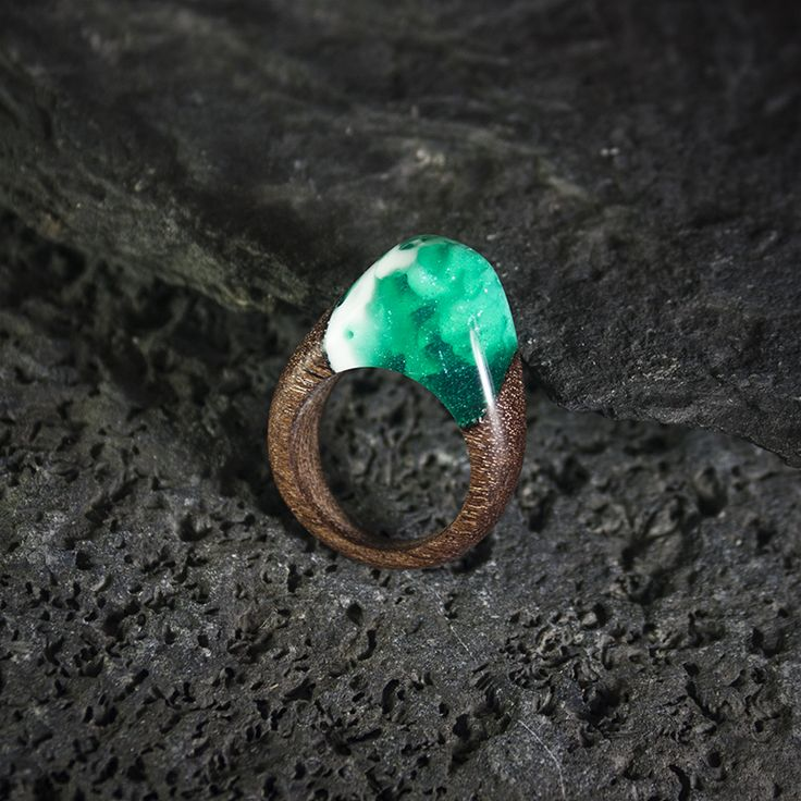 Resin wood ring by Orangerium