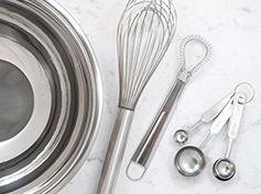 http://www.souschef.co.uk/cookware.html