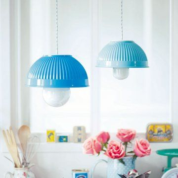 Des saladiers en guise d'abat-jour / Salad bowl, Lampshade, upcycling, blue, light