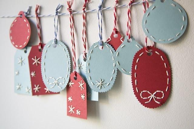 DIY Christmas gift tags.