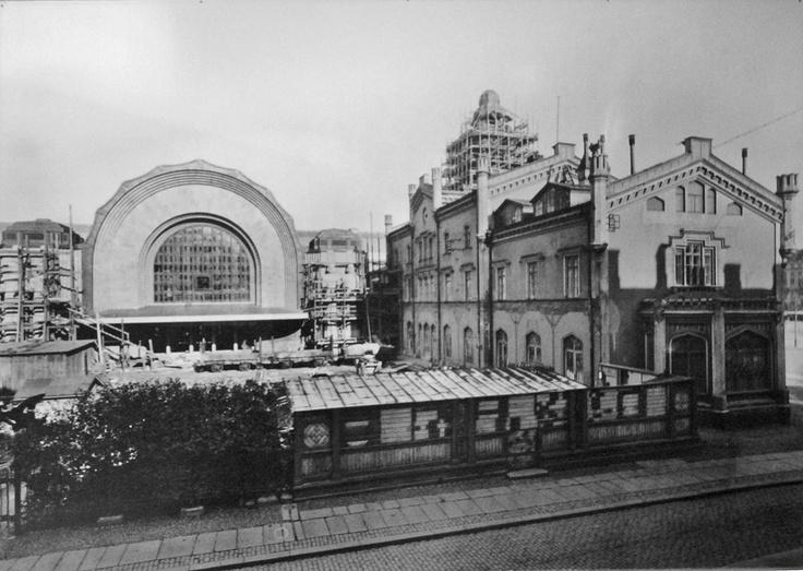 Vanha ja uusi rautatieasema hetken rinnakkain, Helsinki