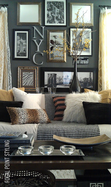 Cozy and Great Gallery wall: Wall Colors, Wall Decor, Living Rooms, Decor Ideas, Focal Points, Galleries Wall, Animal Prints, Rental Houses, Pictures Wall