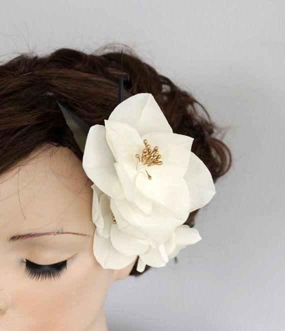 Wedding Fascinator Mini Hat Bridal Hair Lacy by MammaMiaBridal
