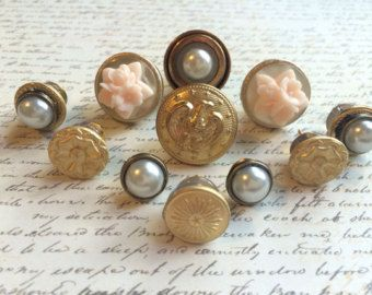 11 Vintage Style Push Pins - Office Decor - Wedding Pushpins - Vintage Buttons