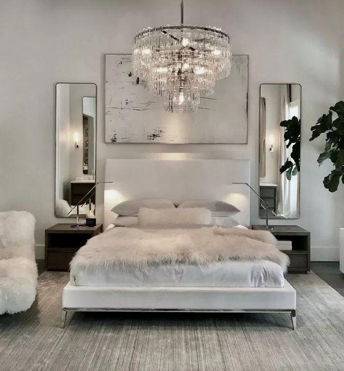 28+ Popular Small Master Bedroom Makeover Ideas #masterbedroom #bedroomideas #be…