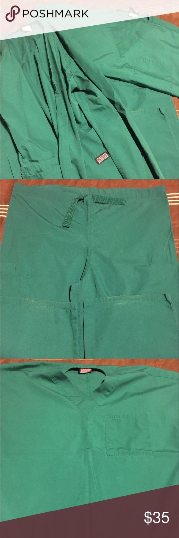 Cherokee scrub set Kelly green top, bottom, and jacket. Cherokee Pants