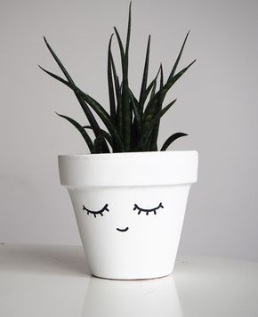 Customiser un pot facilement / Peindre un visage sur un pot