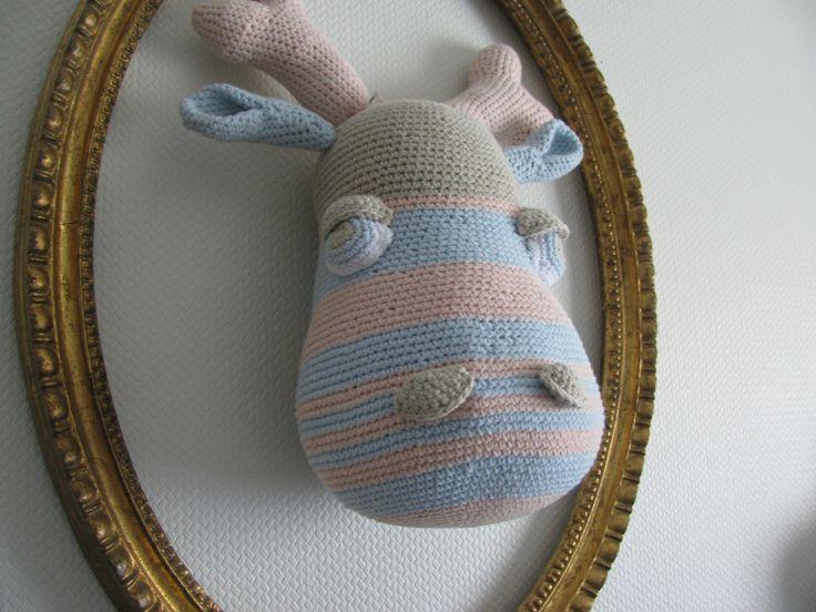 tete d'élan trophée entièrement fait main au crochet n fil coton : Décoration pour enfants par diabolotruc