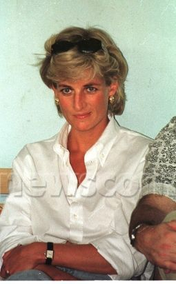 princess diana media victim or media She wanted to be the queen of all hearts, and in the end, princess diana achieved that in death but before that, she was definitely the queen of all media.