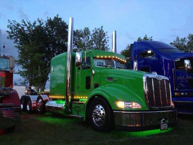 With Drop Axle Semi : Custom peterbilt with drop axle great looking rig