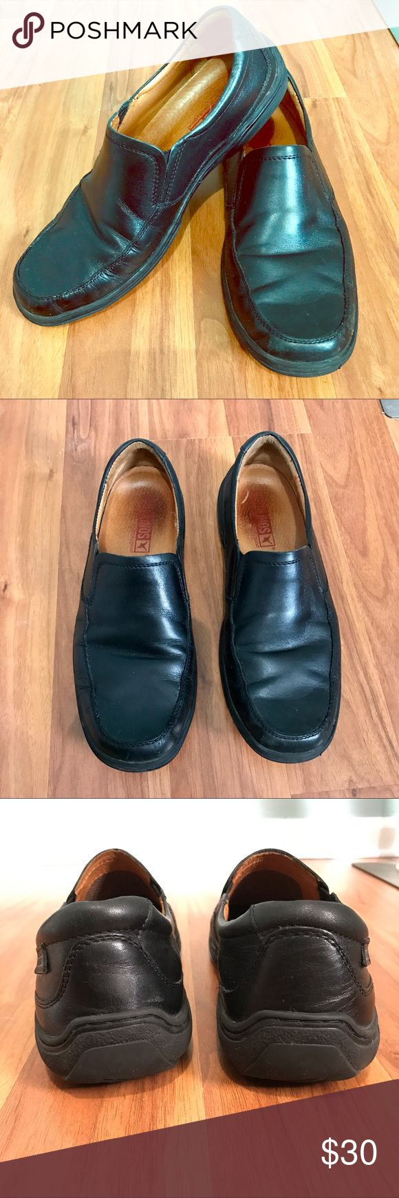 Men's Pikolinos black leather loafers slip ons 42 Casual shoes, comfortable, and in great shape. They have some wear but have lots of life left! PIKOLINOS Shoes Loafers & Slip-Ons