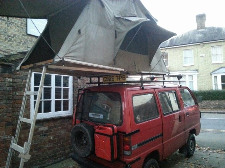 Suzuki carry expedition with roof tent.                                                                                                                                                                                 More