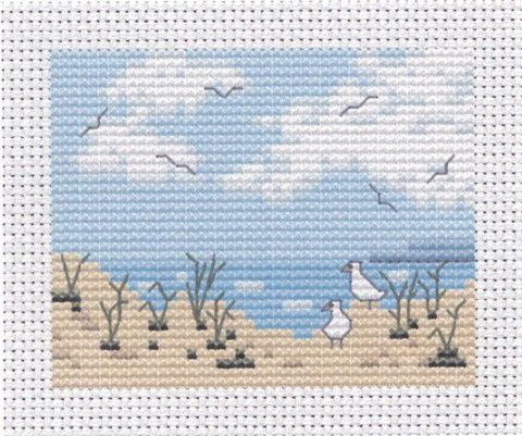 beach cross stitch scene - pretty free pattern by www.wishfulthinkinguk.com