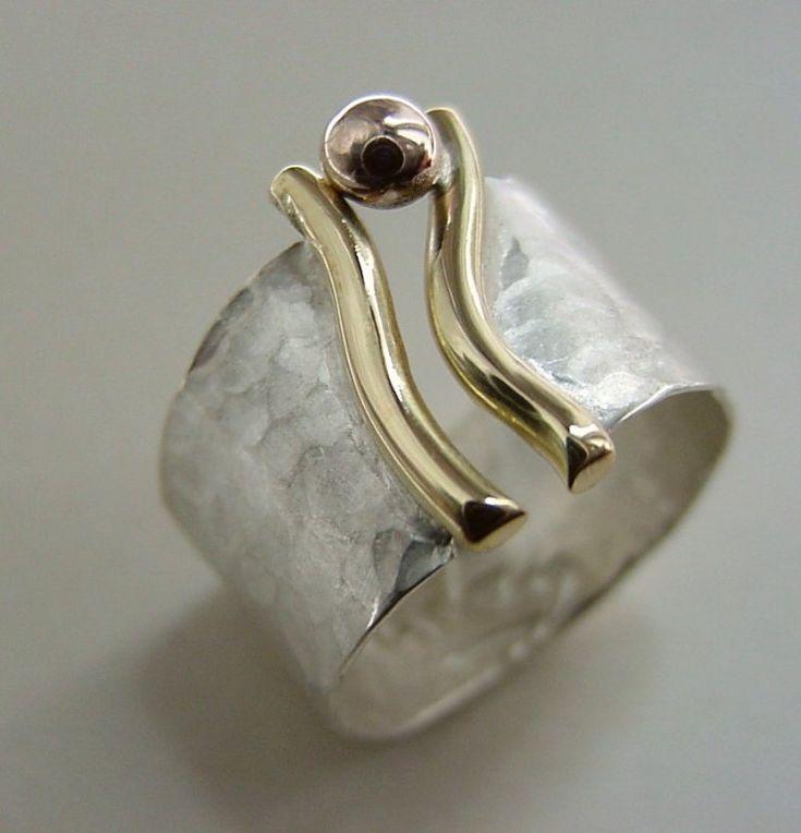 Obrączka Autorska - Atelier Glass it's a vagina ring. Good Valentine's present :)