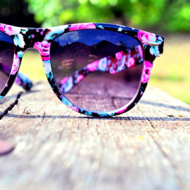 1. Cute Sunglasses <3 2. I would need sunglasses for the summer. I would also need them to be cute, I love sunglasses because they are cute accesories and they are a must-have in the summer sun.