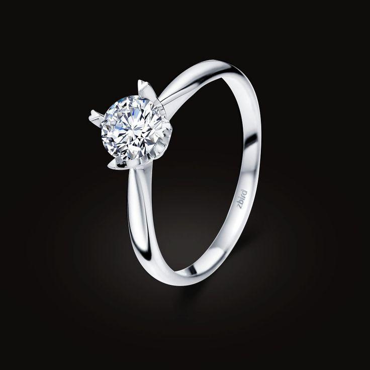 😘ЛЮБЫЕ СЛОВА — ЛИШНИЕ Есть подарки, которые гораздо красноречивее любых слов. Кольцо для помолвки с шикарным бриллиантом — один из них. Если вы точно знаете, чего хотите, но не можете подобрать слова, Zbird Jewellery сделает это за вас.  🍒Купить изделия можно в нашем интернет-магазине или же оформить заказ по телефону🌺: (063)2331624, (066)2331624  #zbird #zbirdukraine #zbird_rings #помолвка #хочукольцо #онасказалада #свадьба #свадебныекольца #одесса #madeinukraine #ukrbrand #всісвої…