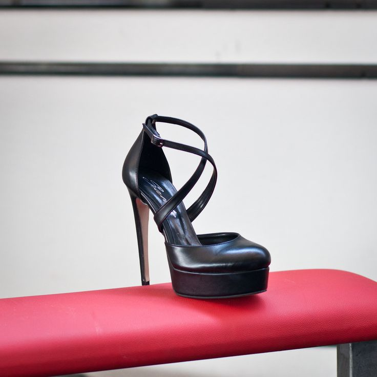 NEW in SANTE High Heels Fall Winter 2015/16 Collection... Now Available in stores & online Shop NOW: www.santeshoes.com