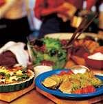 Köttfondue såser recept, t.ex. Kall BBQ-sås Mango chutney-sås. - recept från Norrmejerier