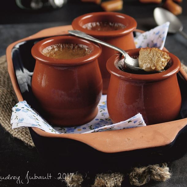 Pots de crème caramel soja et orge