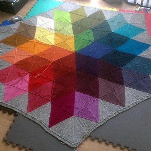 Knitting Pattern For Star Blanket : We Like Knitting: Colour Star Blanket - Free Pattern ...
