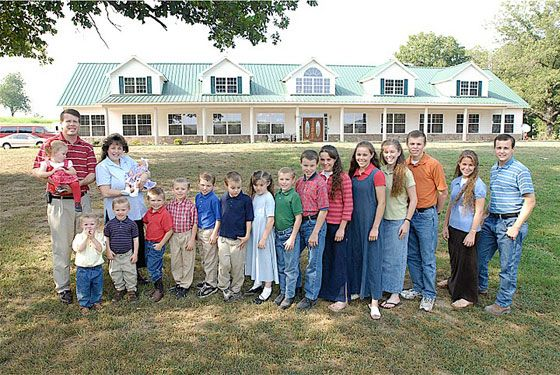"""19 Kids & Counting:"" The Duggar Family Home in Arkansas"