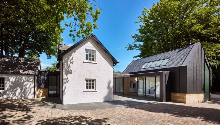 'Inside-outside' Falkirk home holds court : June 2017 : News : Architecture in profile the building environment in Scotland - Urban Realm