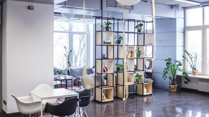 В Киеве открыли креативное пространство с залом для йоги и медитаций | БЖ