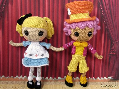 Alice and Hattter crocheted versions by ladynoir63, via Flickr