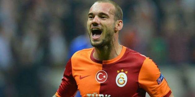 Sneijder Galatasaray'ın çılgın teklifini kabul etti http://www.haberinadresi.com/spor
