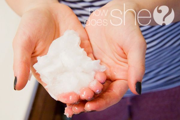 Dry Hair...be gone!  Coconut Oil treatment to make silky smooth hair! #coconutoil #howdoesshe