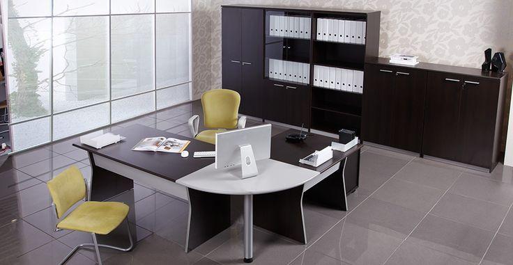#disponibilONLINE #produsînRomânia O priveliște deosebită, culori vii și un loc confortabil de unde să îți bei cafeaua în fiecare dimineață.  Este biroul tău, locul în care inspirația este la ea acasă.  Prețuri începând cu 190 Lei.