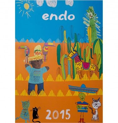 Kalendarz Endo na 2015 rok. Przepiękny, kolorowy kalendarz ścienny na 2015 rok z wykorzystaniem grafik stworzonych przez artystów Endo oraz naszych małych, zdolnych Przyjaciół – Dzieci, które nadesłały swoje prace z całej Polski! Każda z prac znalazła - większe lub mniejsze - miejsce w naszym kalendarzu.Z każdą sprzedaną sztuką kalendarza 2015 przekażemy miękką, ciepłą, kolorową koszulkę Endo jednego z trzech domów dziecka.
